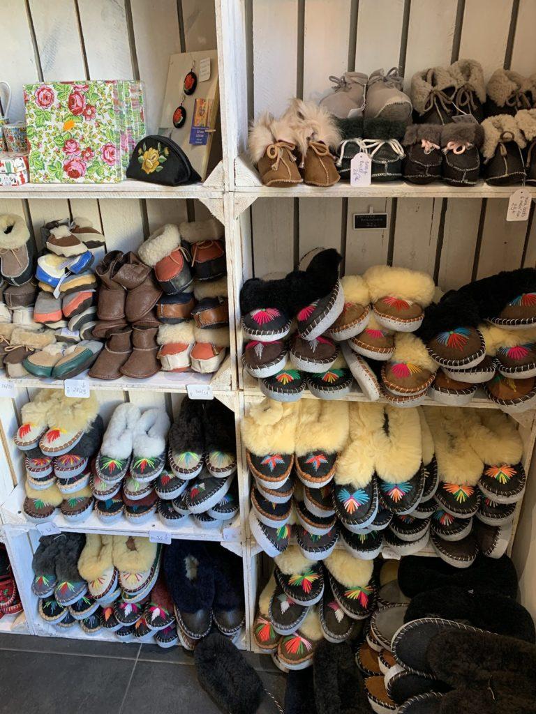 Blogueuse mode et lifestyle Parisienne boutique comme en Pologne Paris idées cadeaux concept store   @marialesapparences on Instangram/ lesapparences.com